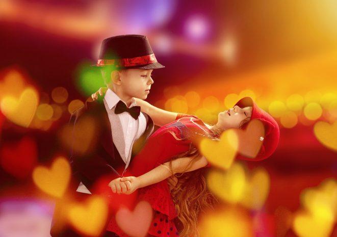 音楽に合わせてダンス